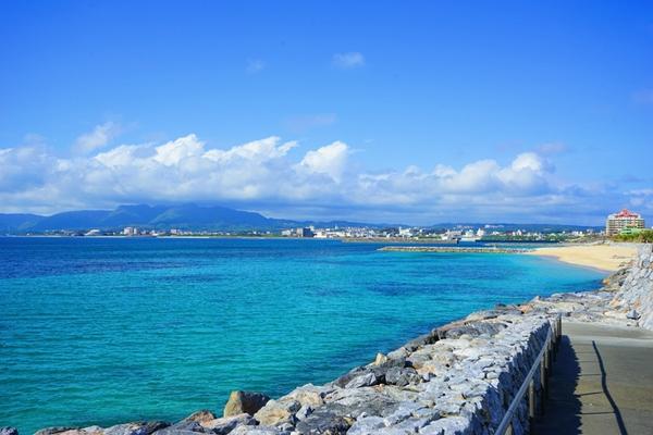 晴天の沖縄